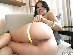 Oriental Asa Akira with champagne grovelling gets