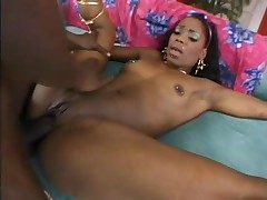 Dumping his creampie in say no to disastrous pussy