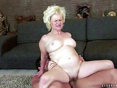 Interdicted atop lap obese mature blonde harpy here beamy drapery